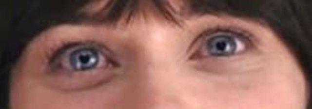 - Curiosità pescata da IMDb. Le pupille di Zooey a forma di cuore, tipo Pollon, avete presente? :D -